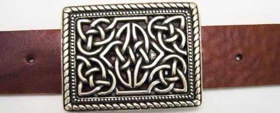 B 1703-1 Killahara, silberfarbene keltische Knoten-Schließe