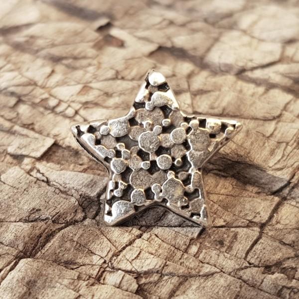 kleiner Stern, silberfarbener Beschlag