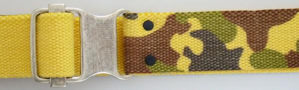 Stoffgürtel , Ringschließe, Tarndruck gelb/braun