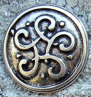 keltischer Wirbelknoten, silberfarben