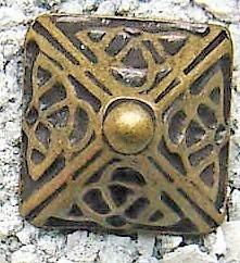 Celtic Pyramid, altmessingfarbener Beschlag