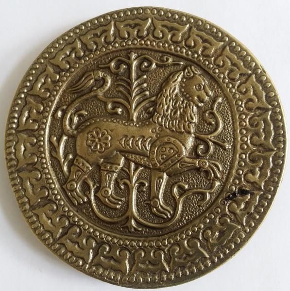 Magyarische runde Taschenplatte, messingfarben, Löwe