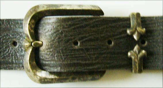 Patina-Arc, 4cm, antikfarbene Pfeil und Bogen Schließe