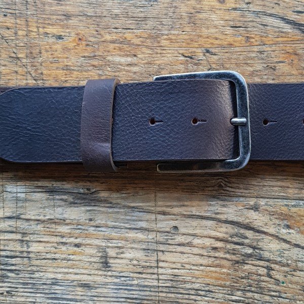 BASE five, 5cm, dunkelbrauner Büffelledergürtel, alteisenfarbene Schließe