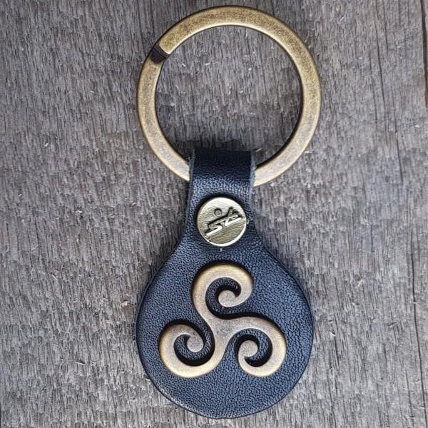 Schlüsselanhänger TRISKELE, altmessingfarben