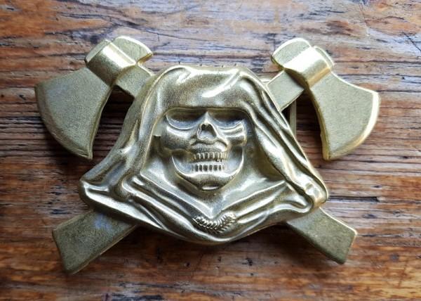 The Reaper, 4cm, goldstaubfarbene Totenkopf-Schließe