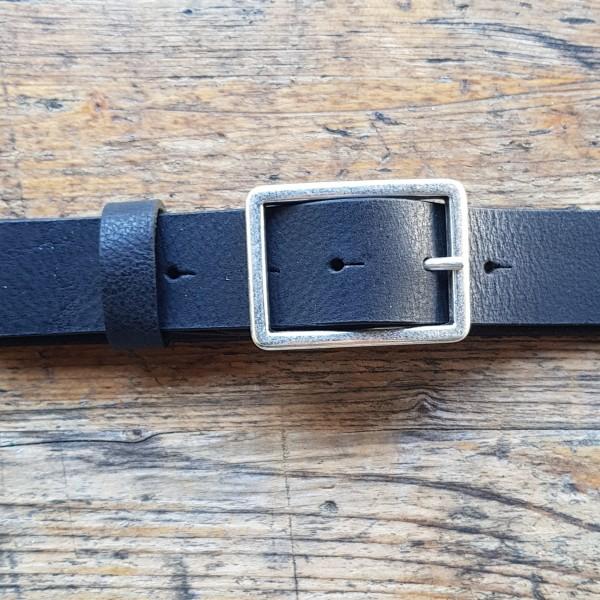 FIBBIE, 3,5cm, schwarzer Büffelledergürtel, altsilberfarbene Schließe