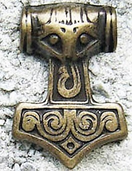 N-229-21 Thor's Hammer, altmessingfarbener Beschlag