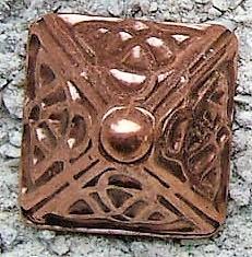 Celtic Pyramid, kupferfarbener Beschlag