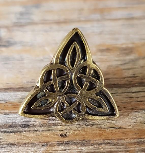 keltisches Dreieck, Beschlag messingfarben