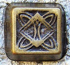 Celtic Flat-Pyramid, altmessingfarbener Beschlag