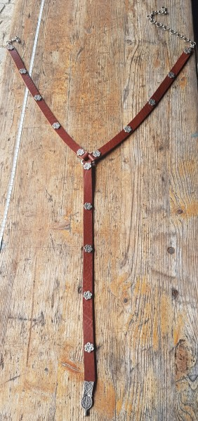 Y-Eicheln, 2cm Ypsilon-Leder-Hüftgürtel, cognacfarben, mit Eichel-Beschlägen, silbern