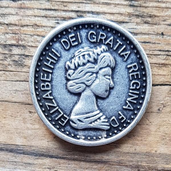 Elisabeth-Münze, silberne Zierniete