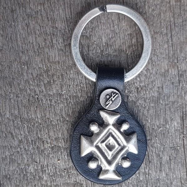 Schlüsselanhänger ISLÄNDISCHES KÖNIGSSYMBOL, silberfarben