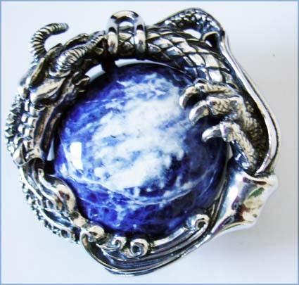 GAIA, exclusive, handgefertigte Drachen-Schließe aus Bronze