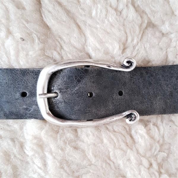 Omega, 4cm, silberfarbene Dorn-Schließe