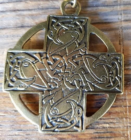 Anhänger celtic swans, messingfarben